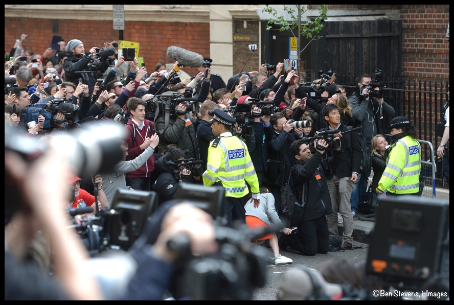 Media Lindo Wing Royal Baby