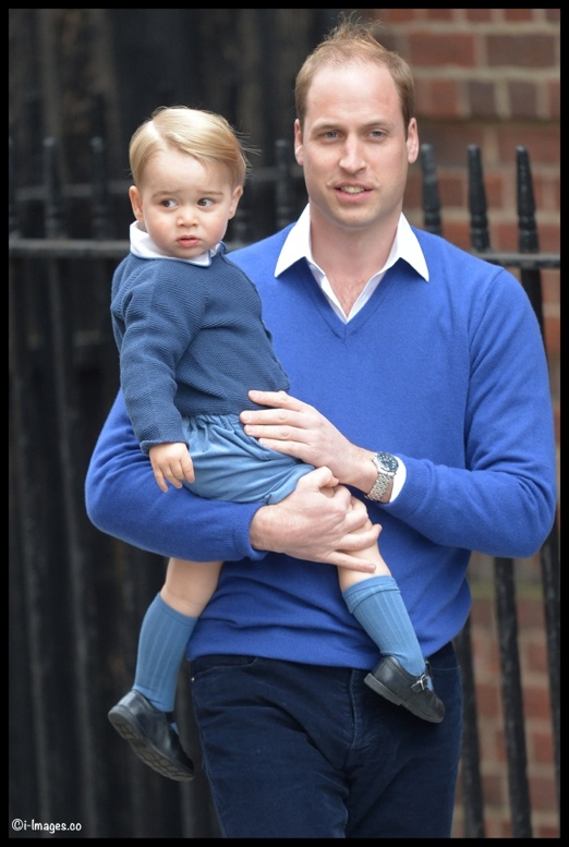 Image ©Licensed to i-Images Picture Agency. 02/05/2015. London, United Kingdom. Prince William and George arrive back at The Lindo Wing of St Mary's Hospital, London, after the birth of his new born baby girl. Picture by Ben Stevens / i-Images