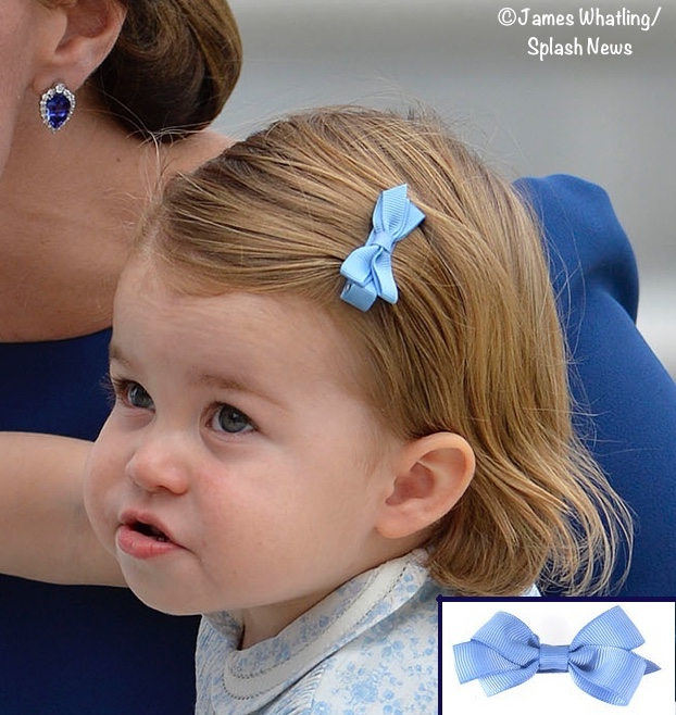 charlotte-canada-arrival-blue-head-hair-bow-blue-floral-dress-head-shot-collar-stitching-sept-24-2016-j-what-600-x-600