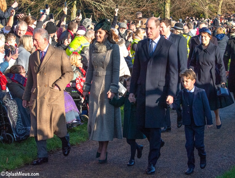 What Kate S Kids Wore Prince George And Princess Charlotte Wow The Crowds At Christmas Church Service Updated